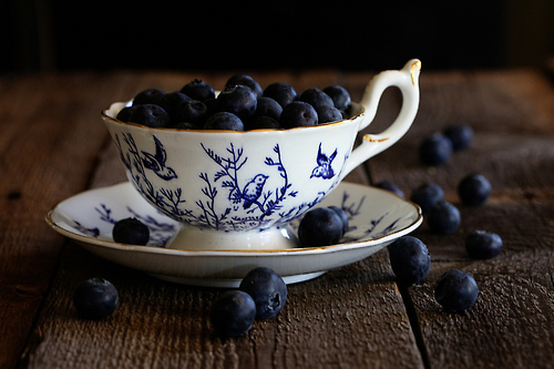 blueberries-rustic-teacup-Favim.com-1651132