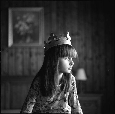 detstvo-korona-buduschee-devochka-Favim.ru-3996359